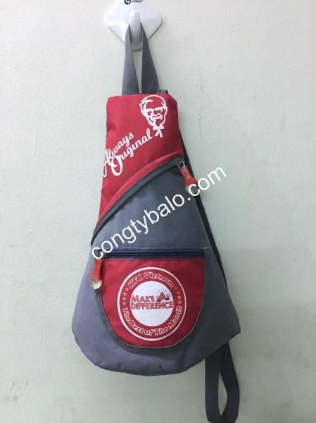 Túi đeo chéo quà tặng của KFC