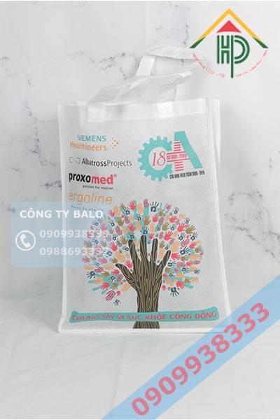 Túi vải không dệt in logo