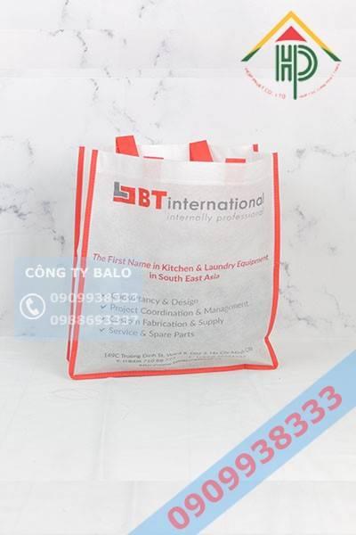 Túi không dệt màu đỏ & trắng
