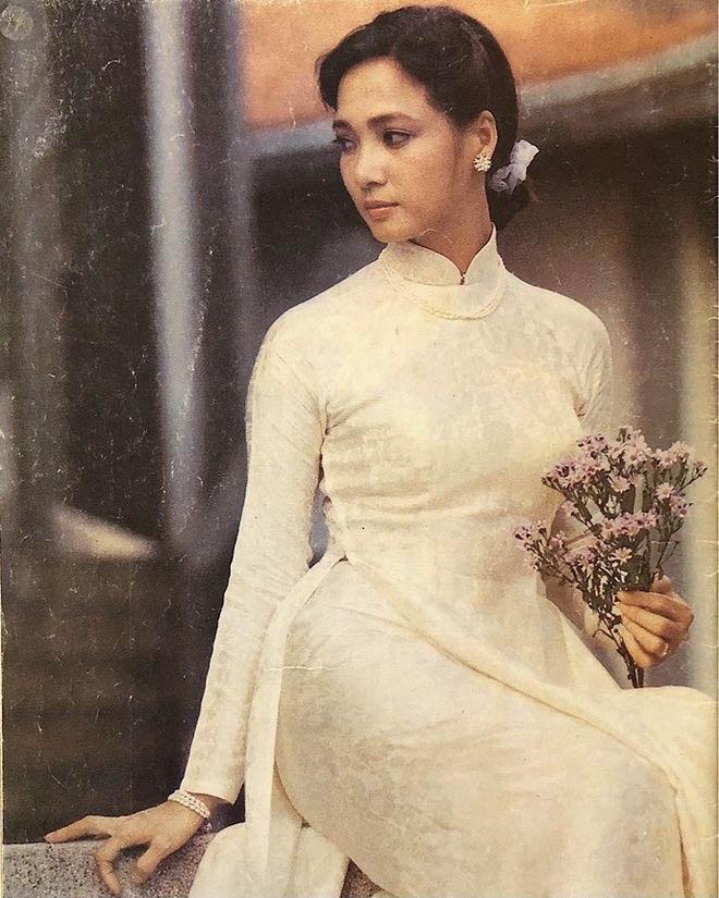 Áo dài là trang phục truyền thống của Việt Nam
