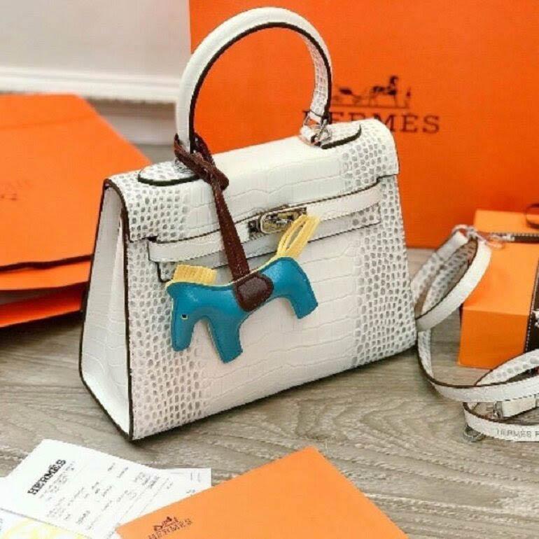 Mẫu túi xách HM bán chạy nhất size 22