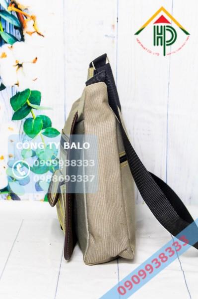May túi đeo chéo mặt hong
