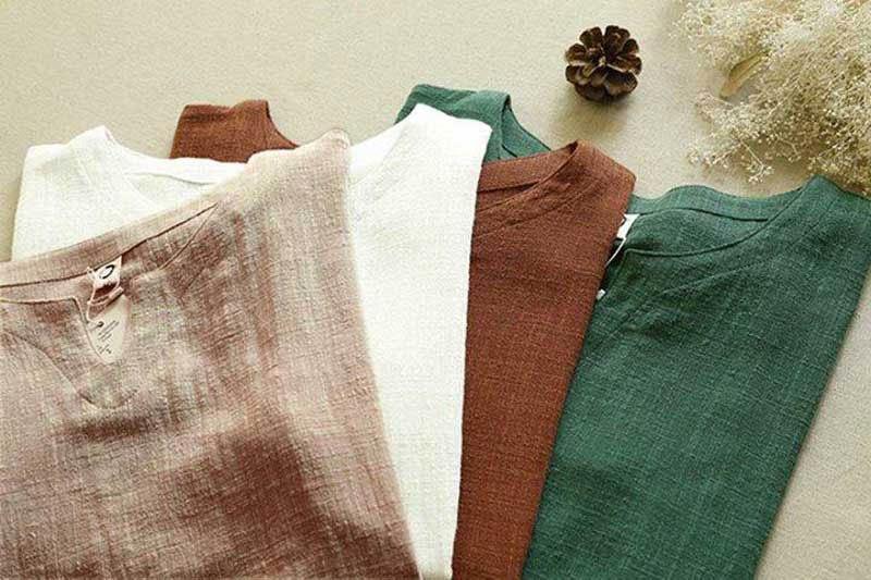 Trang phục được làm từ vải lanh đũi