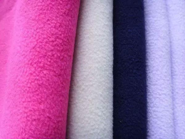 Vải nỉ lông phù hợp với nhiều loại trang phục khác nhau