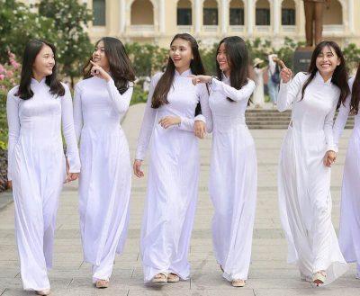 Ý nghĩa của tà áo dài truyền thống văn hóa di sản Việt Nam