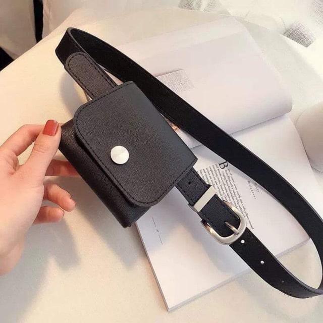 Túi đeo ngay thắt lưng cũng là một trong số những mẫu túi xách đẹp cực hot