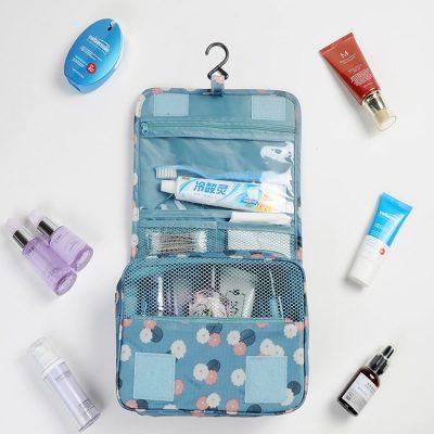 4 tips chọn túi đựng mỹ phẩm cực chuẩn cho các cô nàng