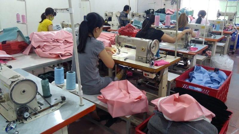 Xưởng may balo Hợp Phát có đội ngũ nhân công kỹ thuật tay nghề cao