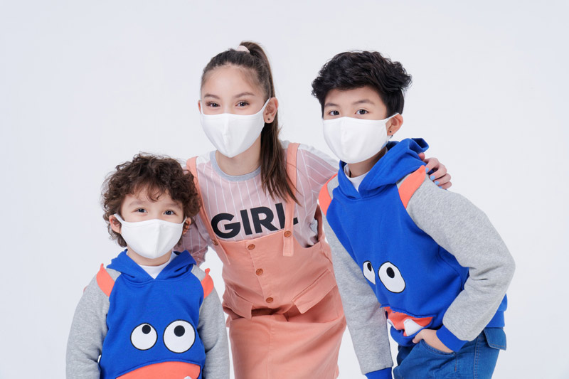 Khẩu trang vải kháng khuẩn giúp học sinh an toàn đến trường trong mùa dịch